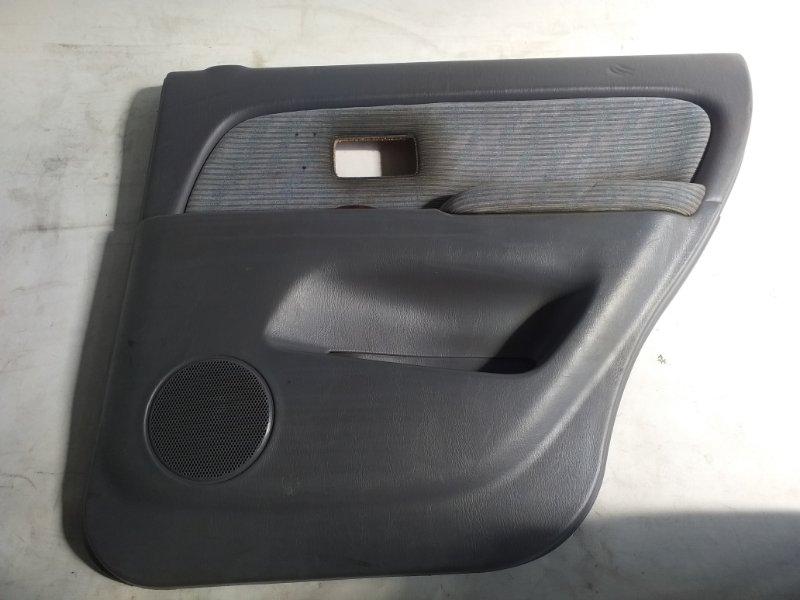 Обшивка дверей Toyota Hilux Surf VZN185 задняя правая (б/у)