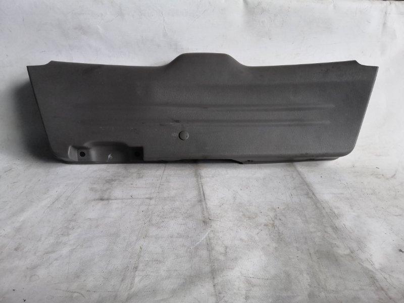Обшивка дверей Subaru Forester SG5 задняя (б/у)