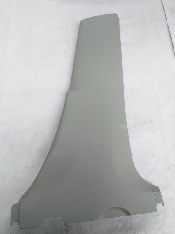 Обшивка стойки кузова Toyota Prius ZVW30 2ZR-FXE 2012.07 правая (б/у)