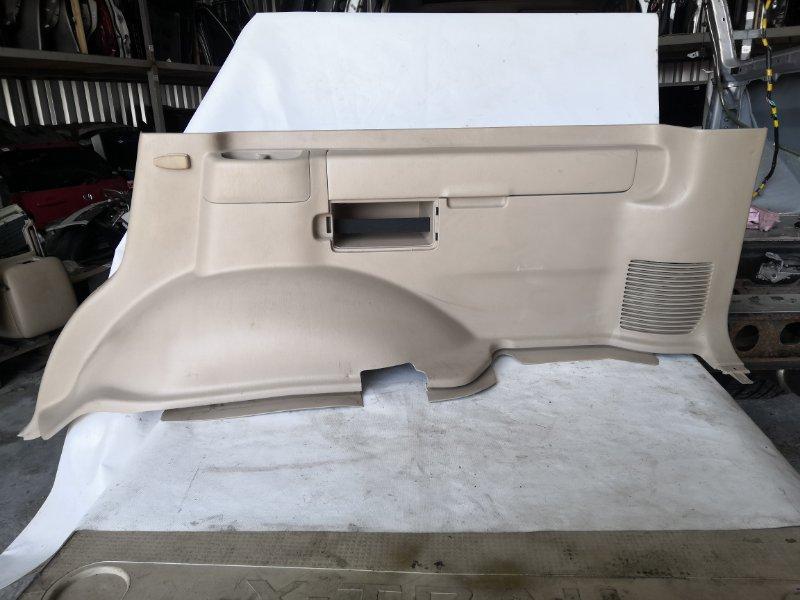 Обшивка багажника Toyota Land Cruiser UZJ100 2UZ-FE 2000.11 задняя правая (б/у)