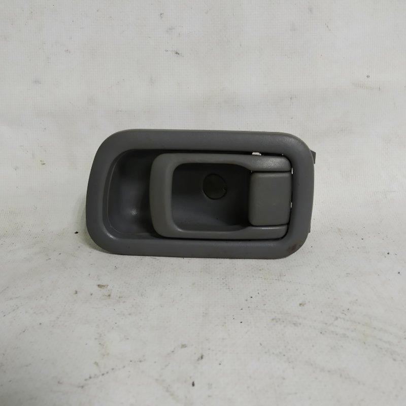 Ручка двери внутренняя Nissan Terrano Regulus TR50 ZD30DDTI задняя правая (б/у)