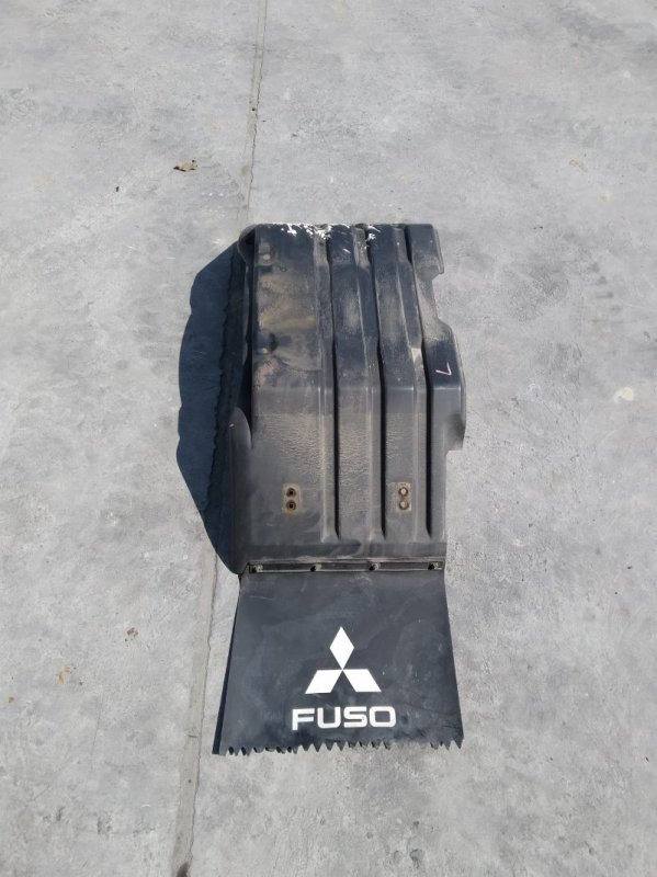 Подкрылок Mitsubishi Fuso FDA20 4P10F передний левый (б/у)