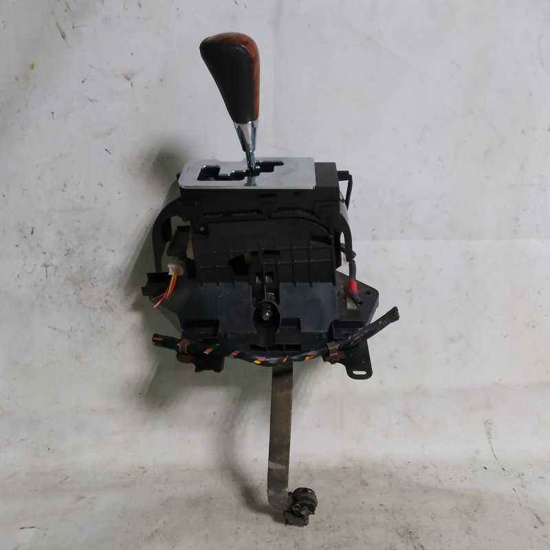 Ручка кпп Toyota Crown GRS183 3GR-FSE (б/у)