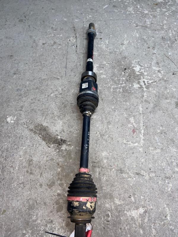 Привод Mazda Atenza GJEFP передний правый (б/у)
