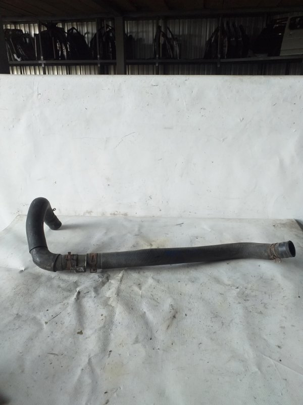 Патрубок радиатора Mazda Mpv LY3P L3VE (б/у)