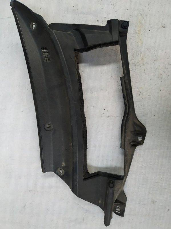 Решетка под лобовое стекло Toyota Rav4 ACA21 (б/у)