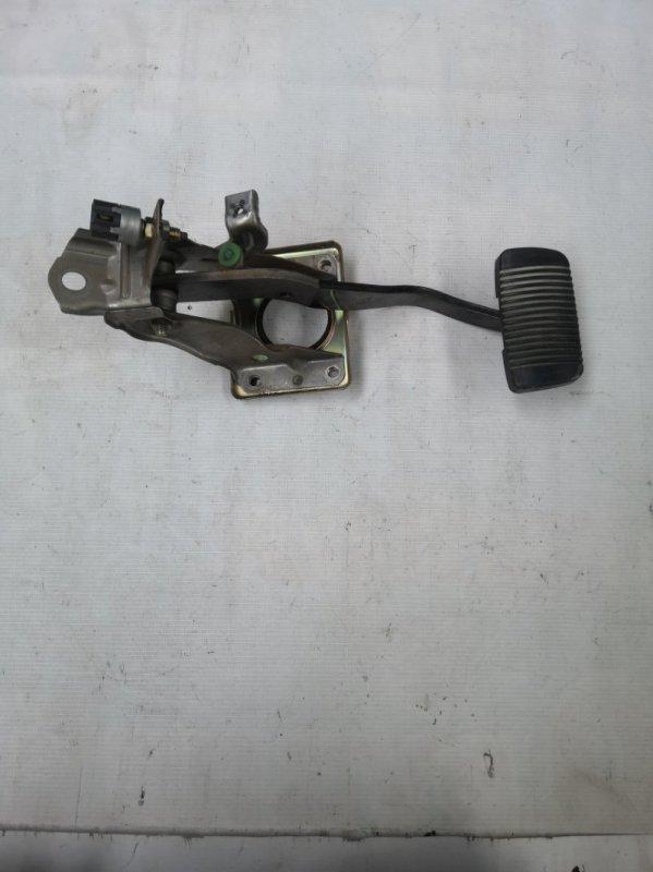Педаль тормоза Toyota Hilux Surf RZN185 3RZ-FE 2001.07 (б/у)