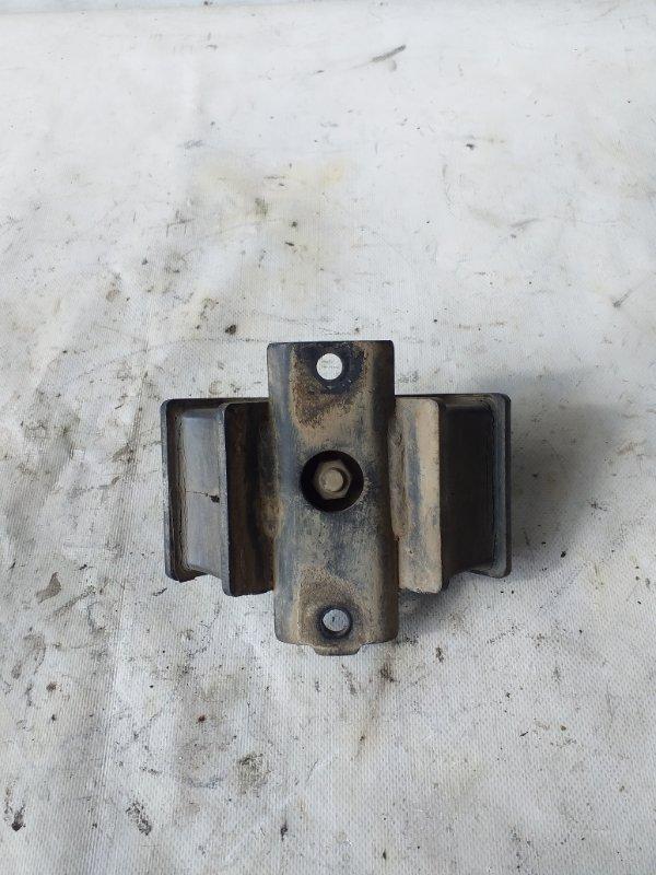 Подушка кпп Isuzu Bighorn UBS69 4JG2 задняя (б/у)