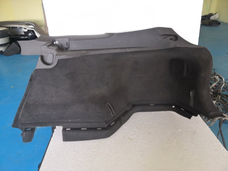 Обшивка багажника Toyota Avensis ZRT272 задняя правая (б/у)