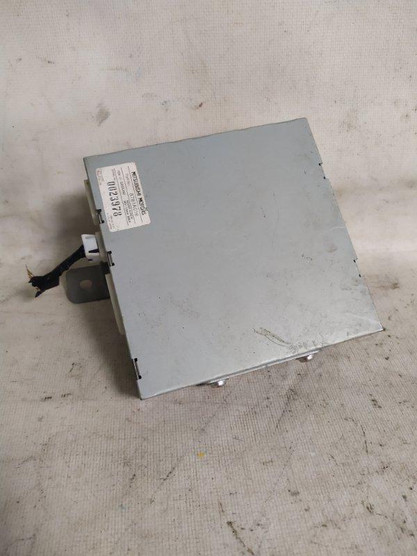 Блок управления камерой заднего вида Mitsubishi Delica CV5W 4B12 2007 (б/у)