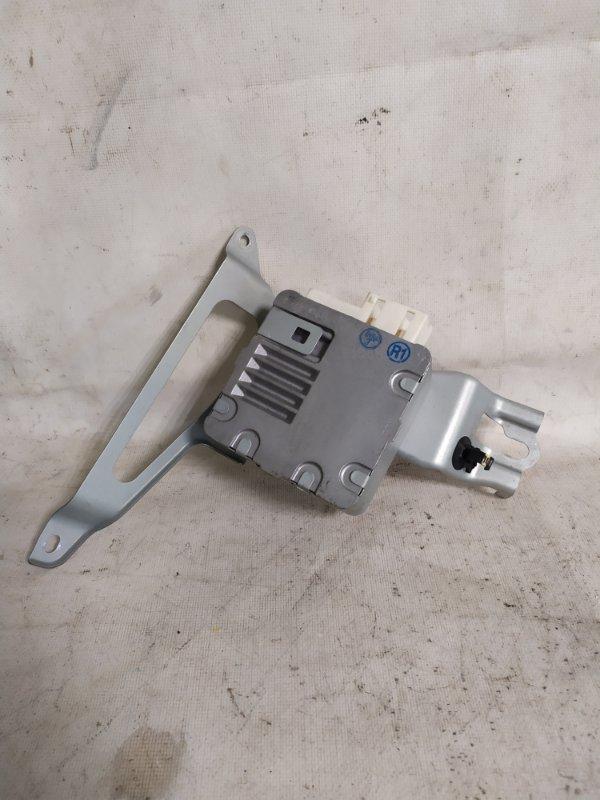 Блок управления рулевой рейкой Toyota Corolla Fielder NZE144 1NZ-FE (б/у)