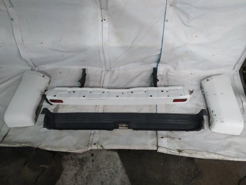 Бампер Toyota Hilux Surf RZN185 3RZ-FE 2001.07 задний (б/у)
