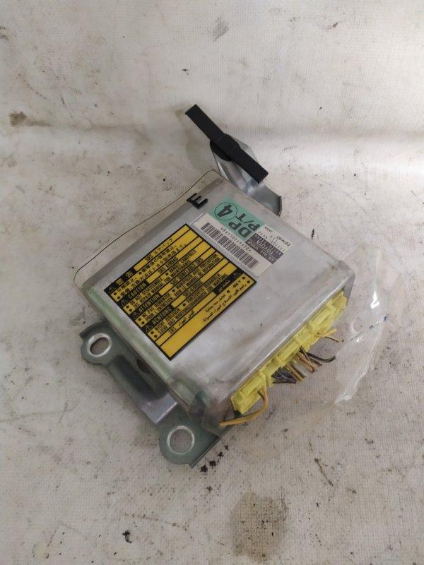 Блок управления airbag Toyota Kluger MCU25 (б/у)