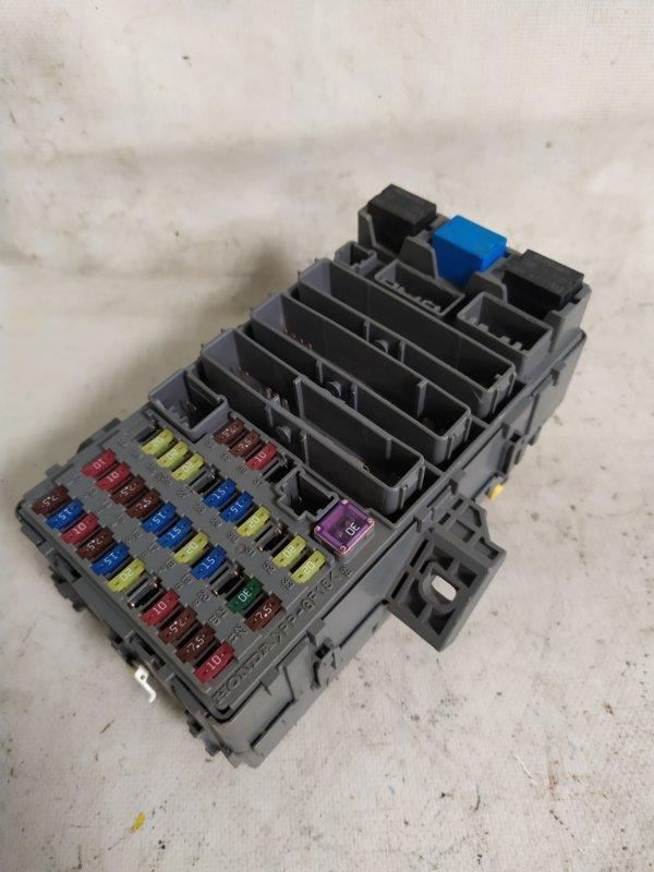 Блок предохранителей Honda Cr-V RE4 (б/у)