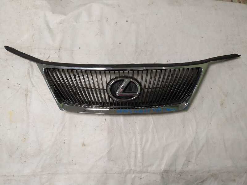 Решетка радиатора Lexus Is200 GSE25 (б/у)