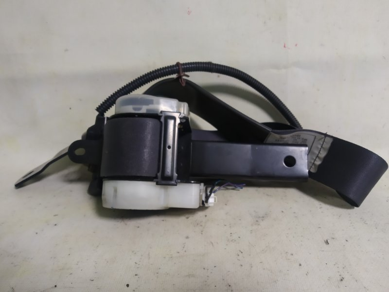Ремень безопасности Isuzu Bighorn UBS69 передний левый (б/у)