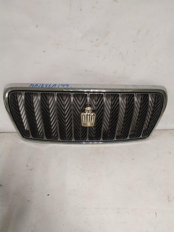 Решетка радиатора Toyota Crown Majesta JZS173 (б/у)