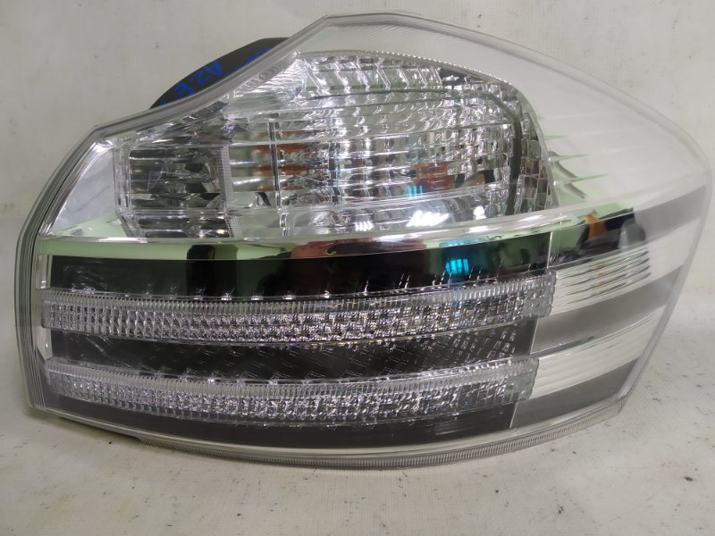 Стоп-сигнал Toyota Blade AZE154 2008 задний правый (б/у)