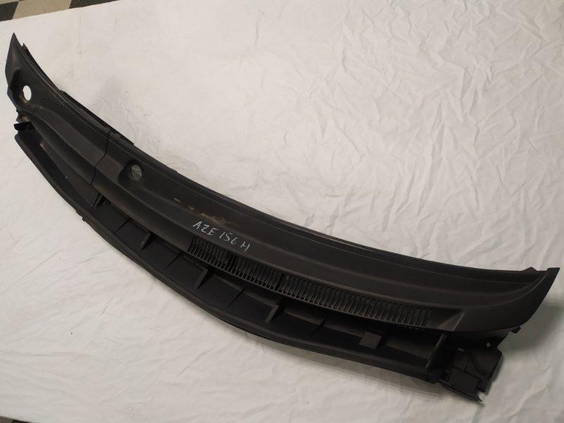 Решетка под лобовое стекло Toyota Blade AZE156 (б/у)