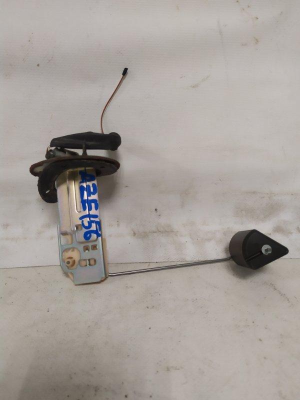 Датчик уровня топлива Toyota Blade AZE156 2AZ-FE (б/у)
