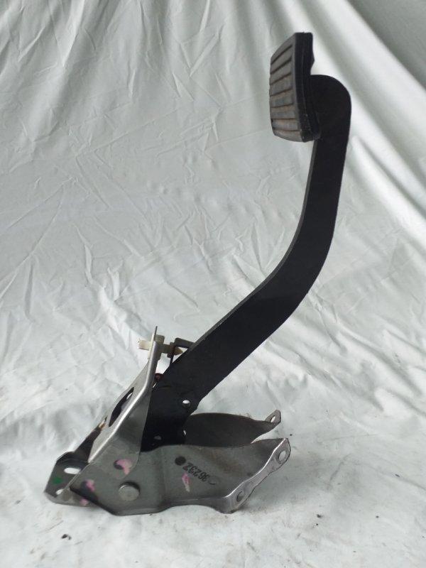 Педаль тормоза Honda Cr-V RD5 2003 (б/у)