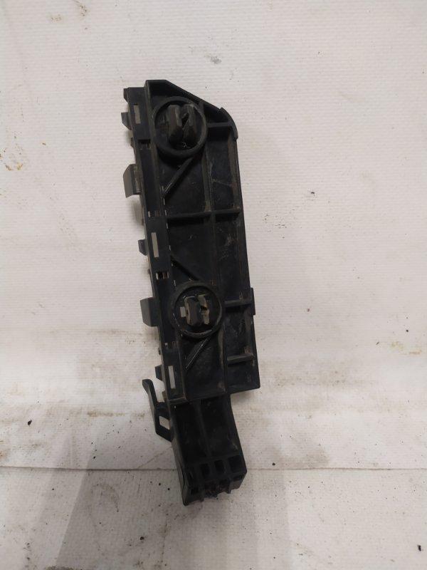 Крепление бампера Honda Cr-V RE4 переднее левое (б/у)