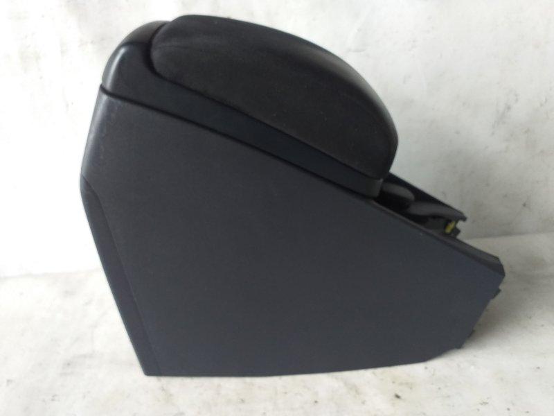 Бардачок между сиденьями Toyota Blade AZE156 (б/у)