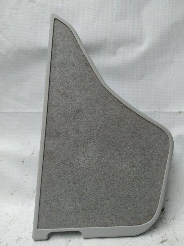 Обшивка багажника Toyota Prius ZVW30 2ZR-FXE 2012.07 задняя правая (б/у)