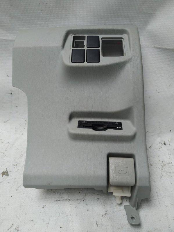 Пластик торпеды Toyota Prius ZVW30 2ZR-FXE 2012.07 правый (б/у)