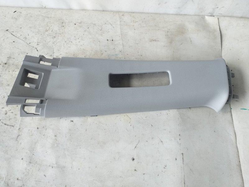 Накладка на стойку кузова Honda Cr-V RE4 задняя левая (б/у)