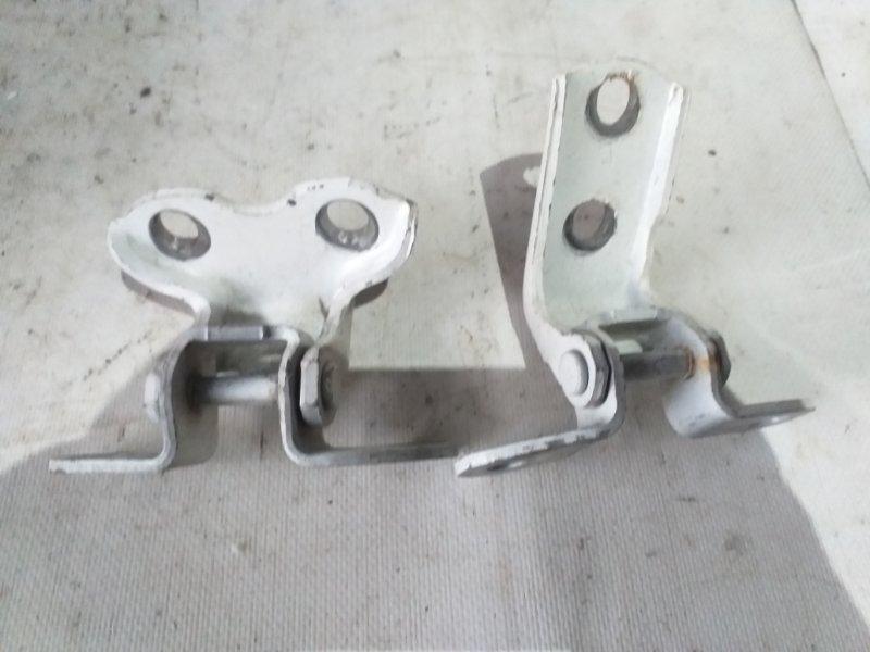 Петли на дверь Toyota Vanguard ACA33 задние левые (б/у)