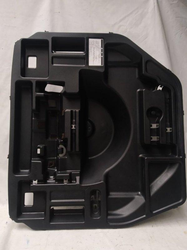Пол багажника пластик Toyota Sai AZK10 2AZ-FXE 2011.07 задний (б/у)