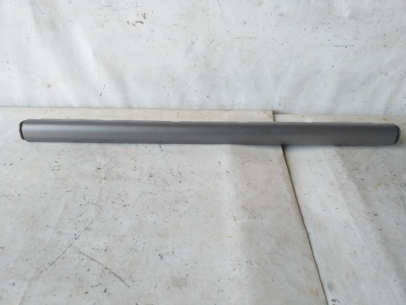 Накладка на порог Mitsubishi Pajero V26W левая (б/у)