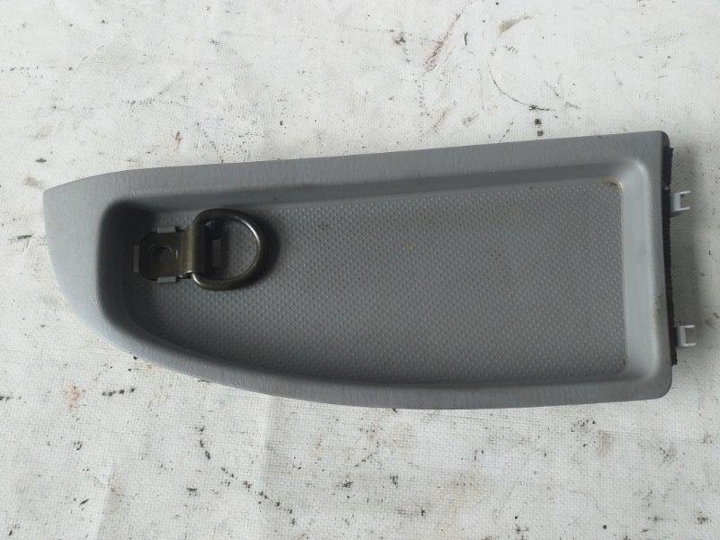 Пластик салона Toyota Surf TRN215 задний правый (б/у)