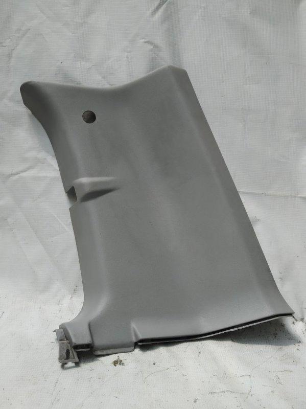 Пластик салона Mitsubishi Delica PD6W задний правый (б/у)