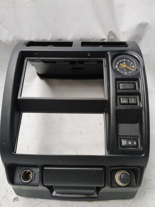 Консоль магнитофона Toyota Land Cruiser Prado KZJ95 1KZ 1996 (б/у)