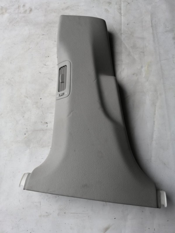 Обшивка стойки кузова Lexus Ls600 UVF45 2UR-FSE 2007.06 левая (б/у)