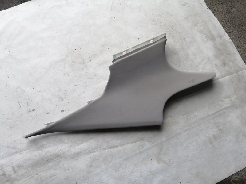 Обшивка стойки кузова Lexus Ls600 UVF45 2UR-FSE 2007.06 (б/у)
