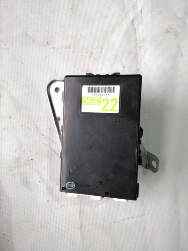 Блок управления ремнями безопасности Lexus Ls600 UVF45 2UR-FSE 2007.06 (б/у)