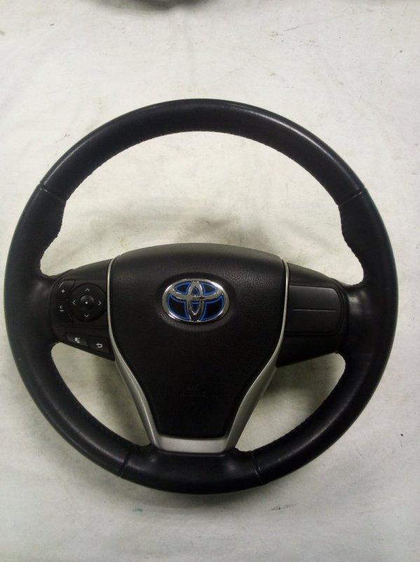 Руль Toyota Noah ZWR80 (б/у)