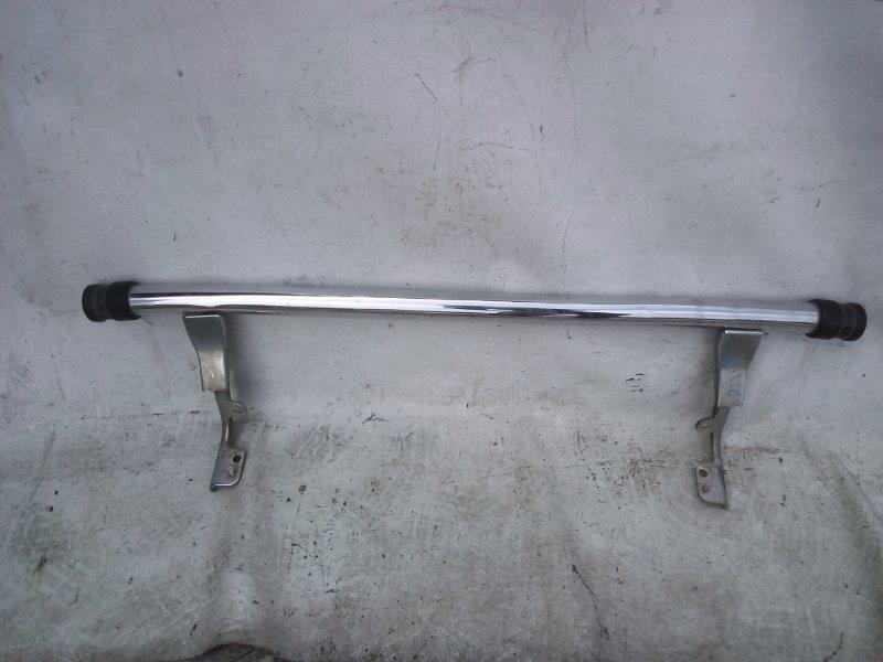 Подножка Mitsubishi Delica P25W (б/у)