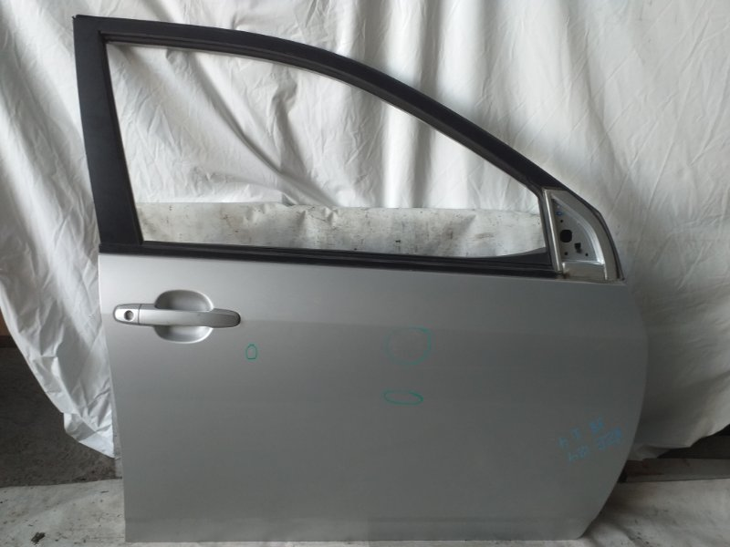 Дверь боковая Toyota Corolla Fielder NZE124 передняя правая (б/у)