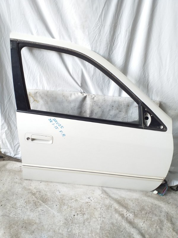 Дверь боковая Toyota Camry Gracia SXV25 передняя правая (б/у)