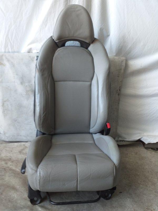 Сидение Honda Cr-Z ZF1 переднее правое (б/у)