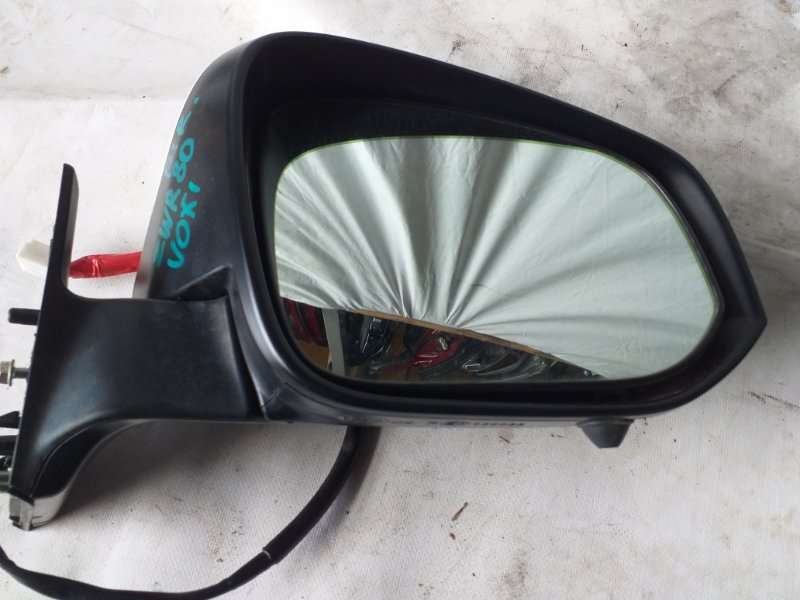 Зеркало Toyota Voxy ZWR80 переднее правое (б/у)
