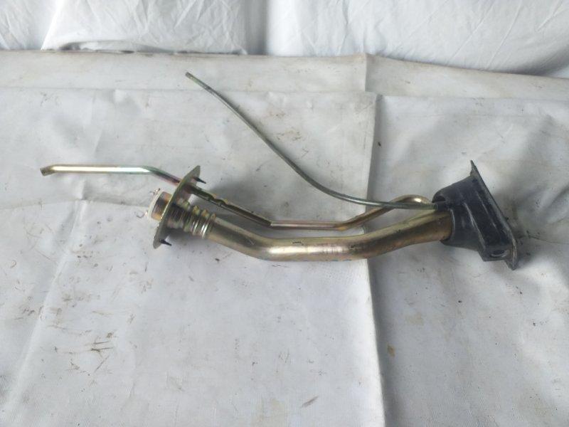Заливная горловина топливного бака Toyota Cresta JZX105 1JZ-GE (б/у)