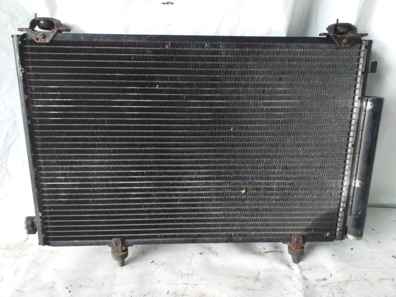 Радиатор кондиционера Toyota Vitz NCP15 2NZ-FE (б/у)