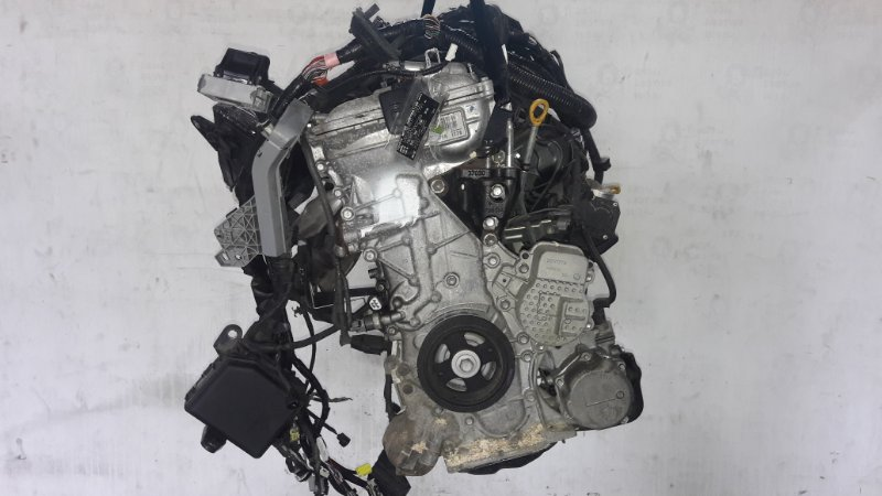 Двигатель Toyota Voxy ZWR80 2ZR (б/у)