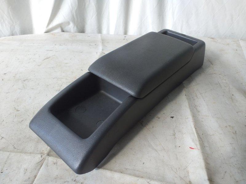 Бардачок между сиденьями Toyota Townace CR31 3C-T 1996 (б/у)