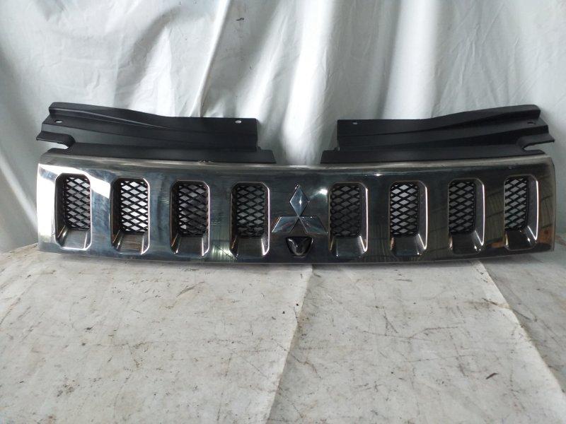 Решетка радиатора Mitsubishi Delica CV5W 4B12 2007 (б/у)